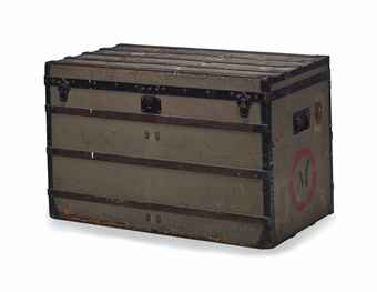 a_louis_vuitton_trianon_grey_canvas_trunk_1858-1876_d5716727h